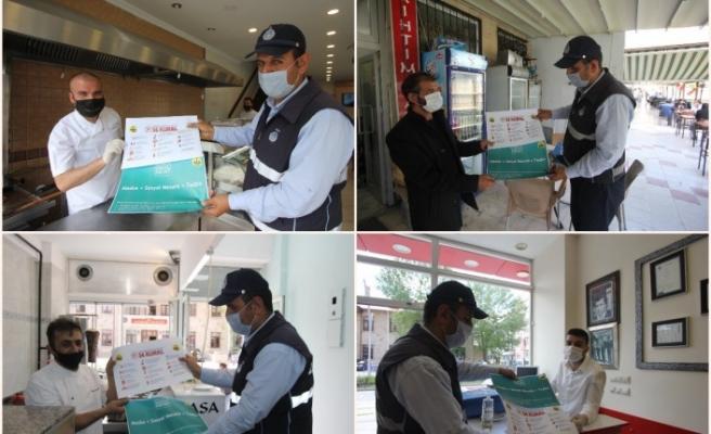 Bayburt'ta Normalleşme Süreciyle Yeniden Açılan İş yerlerine Uyarıcı Afişler Dağıtıldı
