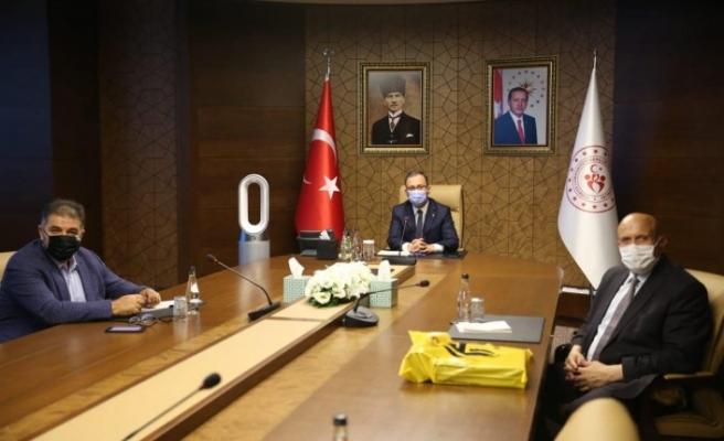 Milletvekili Battal ve Belediye Başkanı Pekmezci'den Bakan Kasapoğlu'na Ziyaret