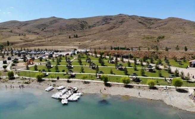 """""""Demirözü Barajı Sosyal Tesisi Çevre Düzenleme Projelendirmesi"""" İsimli Projenin Protokolü İmzalandı"""