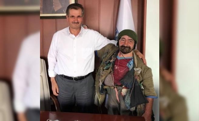 Bayburt'un Sevilen Simalarından Ahmet Dua Bekliyor