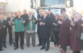 Bayburt'tan Suriye'ye 2 TIR ihtiyaç malzemesi