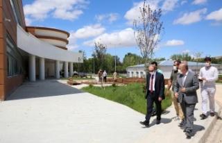 Vali Cüneyt Epcim Yeni Devlet Hastanesi İnşaatında...