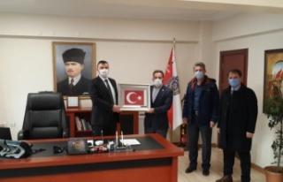 Milletimi Omzunda Taşıyan Onurlu Türk Polisimin...